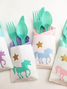 These unicorn cutlery bags will add a beautiful pastel rainbow of colorful detail to your unicorn party decor! 1st Birthday Princess, Unicorn Themed Birthday Party, Unicorn Birthday Parties, 5th Birthday, Birthday Ideas, Graduation Party Themes, Birthday Party Decorations, Princess Party Decorations, Unicorn Party Supplies