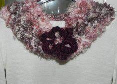 Sciarpa  scaldacollo multicolore realizzata a maglia