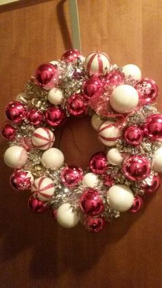 Super easy Jingle Christmas Wreath