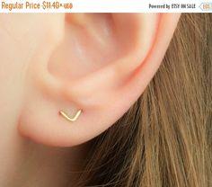 VENTE - deux trou boucles d'oreilles - Double Piercing boucles d'oreilles - Boucles d'oreilles V - Chevron boucles d'oreilles - Boucles d'oreilles Double Lobe-Piercing multiples