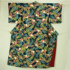 Navy, komon kimono / 紺地 蔓の葉と花柄 小紋