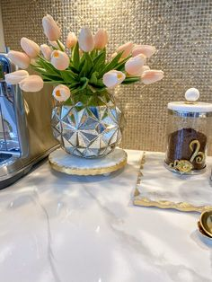 Coffee Station Kitchen, Gold Texture, Glass Vase, Champagne, Marble, Display, Table Decorations, Florals, Decorating Ideas