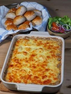 Norwegian Food, Macaroni And Cheese, Nom Nom, Picnic, Food Porn, Food And Drink, Pizza, Lunch, Baking