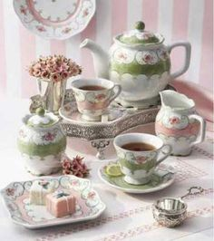 One of the most romantic patterns created by Andrea, Green Tea for One was featured in Romantic Country Magazine. The Eloise Collection features soft lines, scalloped edges and hand painted rose designs.