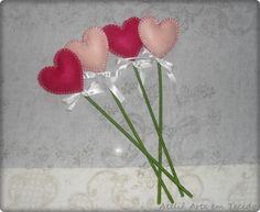 Coração de feltro médio  http://www.elo7.com.br/arteytecido