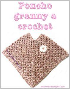 Patron poncho granny a crochet o - Mundo Crochet Crochet Prayer Shawls, Knitted Shawls, Crochet Scarves, Crochet Shawl, Knit Crochet, Tops Tejidos A Crochet, Crochet Granny, Crochet Baby, Knitted Cape Pattern