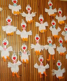 Óvodás Gyerekek: Még mindig a Márton napi ünnepségre Christmas Paper Chains, Diy For Kids, Crafts For Kids, Nursery School, Art Activities, Easter Crafts, Easter Ideas, Minion, Diy And Crafts