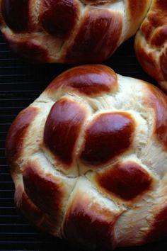 Armenian Easter Bread Rounds (Choereg) - we love this brioche-like bread so much, we make it all year round!   @tasteLUVnourish on TasteLoveAndNourish.com
