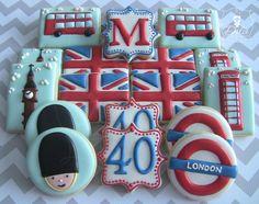 Patriotic Cookies: Trending Over Last Week Galletas Cookies, Iced Cookies, Cute Cookies, Royal Icing Cookies, Cupcake Cookies, Sugar Cookies, Cupcakes, London Theme Parties, London Party