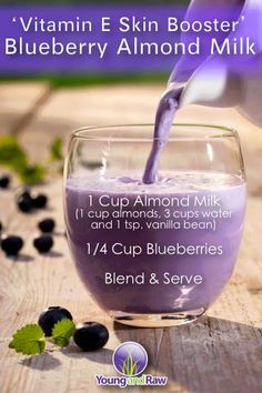 Health: Vitamin E skin boosting blueberry almond milk smoothie recipe. Healthy Juice Recipes, Healthy Juices, Healthy Smoothies, Healthy Drinks, Healthy Skin, Juicer Recipes, Milk Smoothies, Healthy Life, Healthy Food