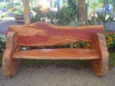 Citrusflor - banco feitos de troncos de arvores (feito pelo sogro do meu filho)
