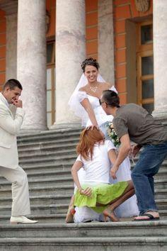 54 Tragically Awkward Wedding Photos   Sticky Day   Page 3