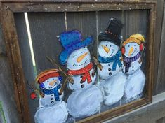 Snowman 4 snowman familywindow Christmas Wood, Christmas Signs, Christmas Projects, Holiday Crafts, Christmas Decorations, Christmas Ornaments, Snowmen Pictures, Christmas Pictures, Bed Spring Crafts