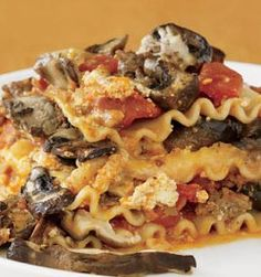 Crockpot Lasagna with both S & E instructions -- made with Dreamfield pasta or sliced eggplant....ok I am not quite sure of the egglplant, but I would like to try it for Sunday lunch!!
