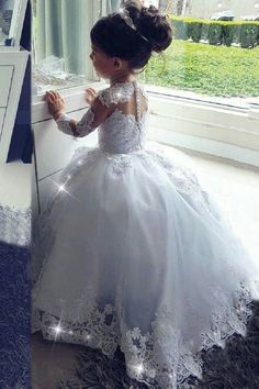 2019 Ball Gown Flower Girl Dresses Scoop Long Sleeves Tulle With Flower Girl Dresses Ball Dresses Flower Girl Gown long Scoop Sleeves Tulle Princess Flower Girl Dresses, Wedding Flower Girl Dresses, Little Girl Dresses, Lace Flower Girls, Junior Bride Dresses, Wedding Dresses For Kids, Tulle Dress, Lace Dress, Ball Gowns