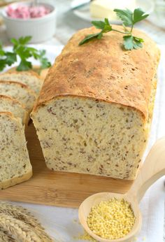 Chleb z kaszą jaglaną (nocny) I Love Food, Good Food, Yummy Food, Easy Blueberry Muffins, Bread Bun, Low Carb Diet, Other Recipes, Us Foods, Bread Recipes