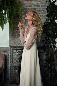 Savannah Miller para Stone Fox Bride