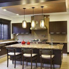 Nuestros diseños aplicados en ambientes integrados...  #deco #interiorismo #diseñointerior #decoradores #arquitectos #homedesign #instahome #decolovers #arqlovers #ciudadempresarial #adrianahoyoschile #tapiceria #telas #fabrics #comedor