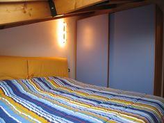 Camera matrimoniale in mansarda/ Bedroom in attic