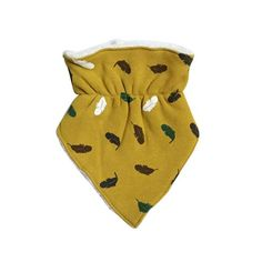Super soft bib and burp cloth for your little one. Perfect for Christmas gifts, or just to give love on any baby within your family and friends. Toddler Scarf, 3 Years Old Baby, Yellow Clothes, Layers Design, Baby Winter, Happy Colors, Burp Cloths, Baby Bibs, Boy Or Girl
