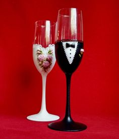 Bride and Groom Champagne Glasses  Wedding FlutesToasting