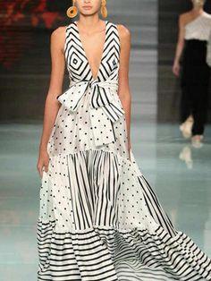 Polka Dots Patchwork Stripes V Neck Maxi Dress – mumetaz Short Beach Dresses, Spring Dresses, Sexy Dresses, Cheap Dresses, Casual Dresses, Maxi Robes, Maxi Dress With Sleeves, Ladies Dress Design, Fashion Outfits