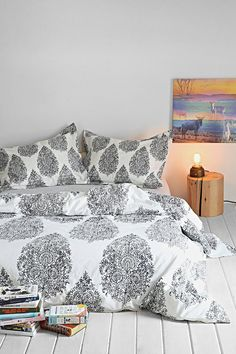 Plum & Bow Kylee Duvet Cover  $59-$99 IN-GREY, BLACK & WHITE, OR PURPLE URBAN OUTFITTERS ( ♡ ♡ ♡ LOVE THE PAISLEY  PATTERN ON IT)