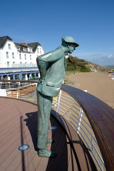 """Mr Hulot"" statue (Jacque Tati), in La Baule, Loire-Atlangique Outdoor Sculpture, Sculpture Art, Tati Jacques, Holidays France, Belle France, Guard House, Brittany France, The Best Films, French Countryside"