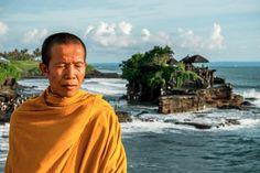 http://raywhiteparadise.com/author/chris  chris@raywhiteparadise.com  Chris Smith Ray White Paradise - Bali.