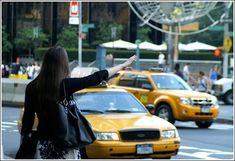 Eres de l@s que levantan la mano para llamar un #taxi? En BARNATAXI nos gusta hacerte las cosas más fáciles, llámanos al 933 22 22 22 y tendrás tu #taxi donde quieras y cuando quieras www.barnataxi.com