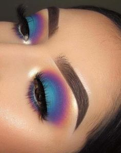 eye makeup - Affordable Makeup Trends & Beauty Ideas for Women in 2019 Makeover you look more cute and sexy by applying the best makeup and beauty trends in 2019 Get the latest ideas of make up and beauty so that you may get some kind of unique look in Makeup Eye Looks, Eye Makeup Art, Pretty Makeup, Makeup Geek, Makeup Tools, Eyeshadow Makeup, Makeup Inspo, Eyeliner, Makeup Ideas