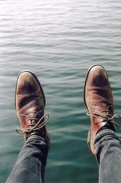 The Best Men's Shoes And Footwear : Well-worn -Read More – Hipster Man, Hipster Fashion, Men's Fashion, Fashion Gallery, Fashion Styles, Me Too Shoes, Men's Shoes, Shoe Boots, Shoes Men