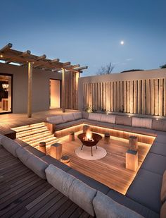 Villa Design, House Design, Design Homes, Backyard Patio Designs, Backyard Landscaping, Landscaping Ideas, Hardscape Design, Fire Pit Backyard, Backyard Shade