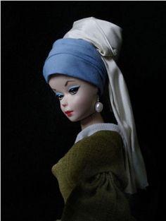 Barbie em Moça com Brinco de Pérola de Johannes Veermer.