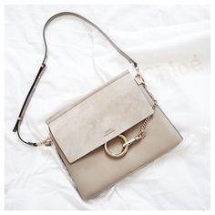 Choosing The Perfect Handbag That's Suitable For All Season - Best Fashion Tips Best Purses, Cheap Purses, Cheap Handbags, Cute Purses, Purses And Handbags, Luxury Handbags, Purses Boho, Fall Handbags, Large Handbags