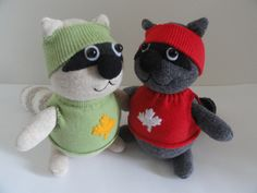 I love these sock animal racoons.  a great blog with some card designs too.  Www.luvstampinsewmuch.wordpress.com
