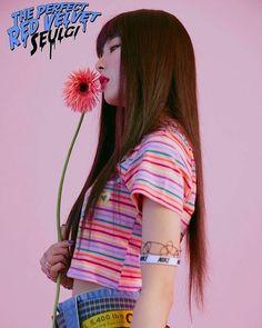 seulgi - red velvet - peek a boo era Kpop Girl Groups, Korean Girl Groups, Kpop Girls, Red Velvet Seulgi, Red Velvet Irene, Taemin, Shinee, Asian Music Awards, Red Velvet Photoshoot