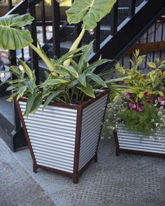 The first self-watering galvanized planter -- and it's built to last! Innovative watering system delivers moisture as roots need it so plants thrive. Railing Planters, Tall Planters, Patio Planters, Galvanized Trough, Decorative Downspouts, Outdoor Shower Enclosure, How To Install Gutters, Self Watering Planter, Small Space Gardening