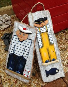 """Painting on wood """"Le Mar Stone Crafts, Rock Crafts, Diy Arts And Crafts, Painted Driftwood, Driftwood Art, Stone Painting, Painting On Wood, Driftwood Projects, Found Object Art"""