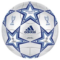 One of the best sports in the world is soccer, also called football in many countries around the world. Soccer Goalie, Play Soccer, Football Players, Soccer Ball, Football Kits, Sport Football, Football Strike, Fifa, Basketball