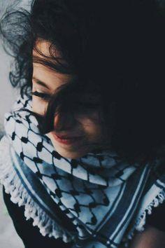 "-"" يمّا مويل الهوا ..يمّا مويليا ، ضرب الخناجر ولا حُكم النذل فيّا "" "" * "" Palestine Art, Hijab Dress Party, Islamic Cartoon, Brunette Makeup, Islamic Girl, Cute Girl Poses, Stylish Girl Images, Digital Art Girl, Kids Around The World"