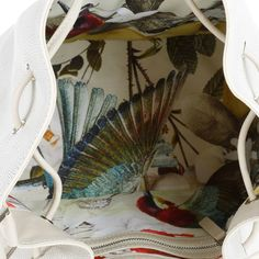 Front Row Society Totem Bucket Bag Mixed White Fruity Adventure bei Fashionette