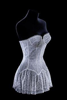 'Irresistible' skirted lace bustier, Lejaby, Museum of Decorative Arts in The Louvre. Lingerie Vintage, Vintage Underwear, 1950s Fashion, London Fashion, Vintage Fashion, Bjd, 20th Century Fashion, Mode Vintage, Retro Vintage