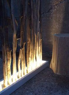 Bois flotté deco Pür cachet - Vente en ligne Paravents Could do this on deck w/ deadfall & couple old long planters Tree Branch Decor, Outdoor Living, Outdoor Decor, Shop Interiors, Interior And Exterior, Living Room Decor, Diy Home Decor, Backyard, House Design
