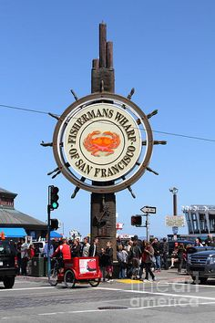 the fishrmans wharf sign in San Francisco California