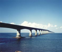The Confederation Bridge (French: Pont de la Conf& is a bridge spanning the Abegweit Passage of Northumberland Strait, linking Prince Edward Island with mainland New Brunswick, Canada. (Just a short drive from the mainland to the Island) New Brunswick, Pei Canada, Atlantic Canada, Prince Edward Island, Weird Pictures, Beautiful Places In The World, The Province, Covered Bridges