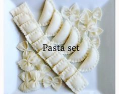 Etsy Pretend food- Play food -Felt food Pasta set - Etsy :: Your place to buy and sell all things handmade - Diy Gifts For Kids, Diy For Kids, Crafts For Kids, Kids Fun, Fabric Crafts, Sewing Crafts, Sewing Projects, Felt Food Patterns, Felt Play Food