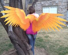 Two Toned Cosplay wings by ThePinkPoudo on Etsy Cosplay Wings, Easy Cosplay, Cool Costumes, Cosplay Costumes, Halloween Costumes, Cheap Halloween, Halloween Stuff, Parrot Costume, Costume Armour
