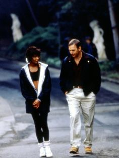 "Whitney Houston & Kevin Costner in ""The Bodyguard"" (1992)"
