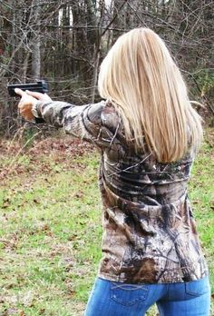 Girls who like hunting, fishing, and guns are not weird. They're a rare gift from God. Those girls get bigger diamonds. <3